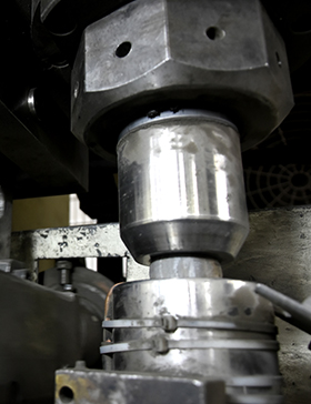 Mould of vertical automatic blanking and shaping machine